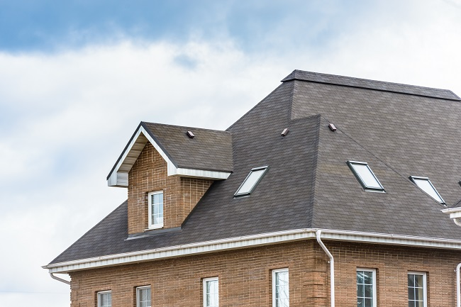 Why Hire Roofing Contractors? The Dangers of DIY