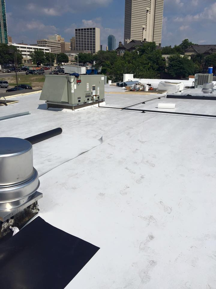 How a Commercial Roofing Inspection Saves Your Business Money